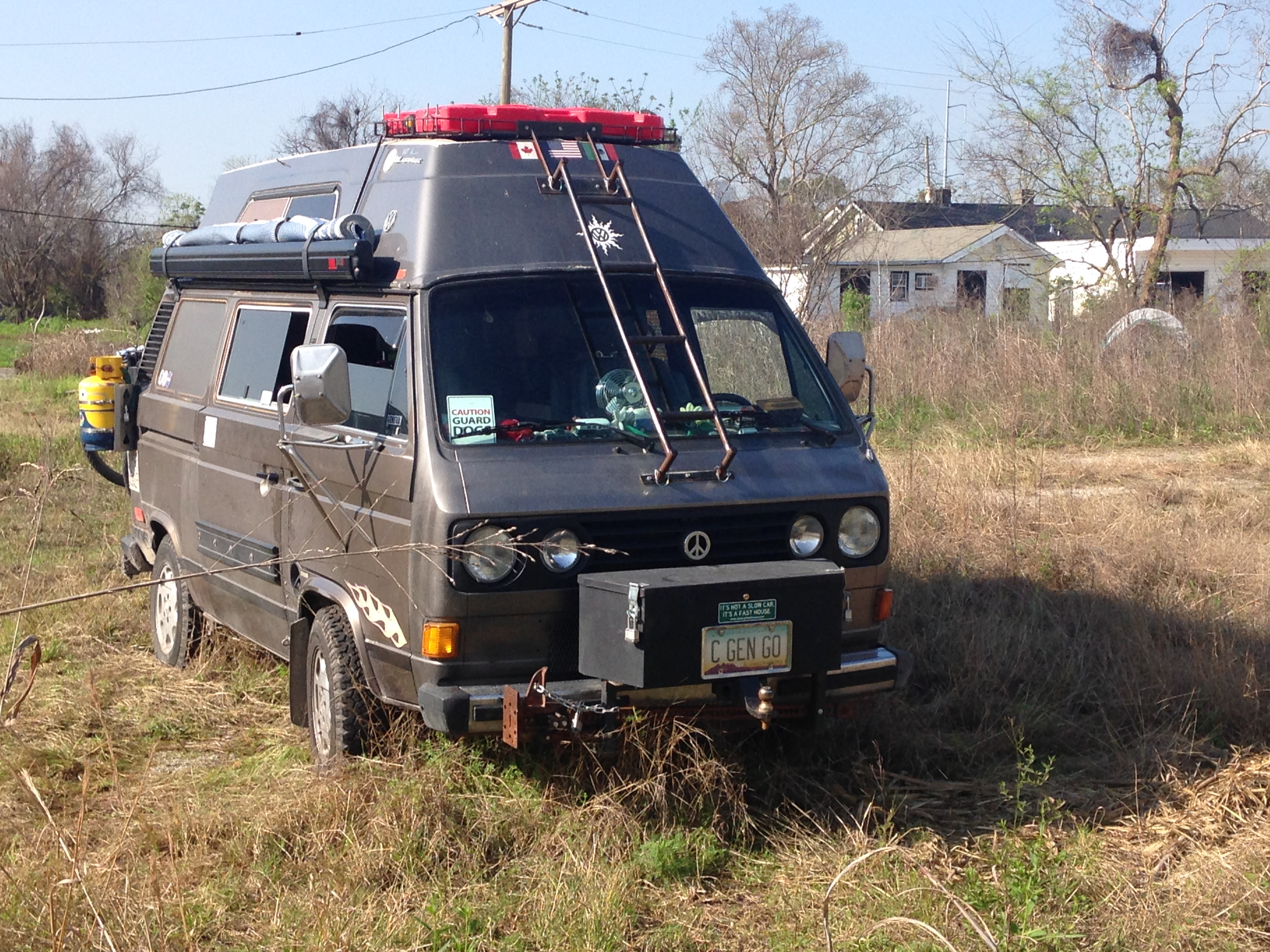 The room and awning features on our hightop vanagon   It's