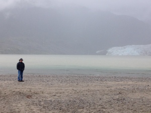 A drizzly day at the glacier