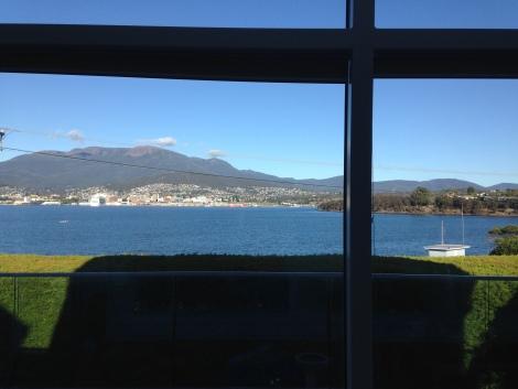 beauitful view in hobart .JPG