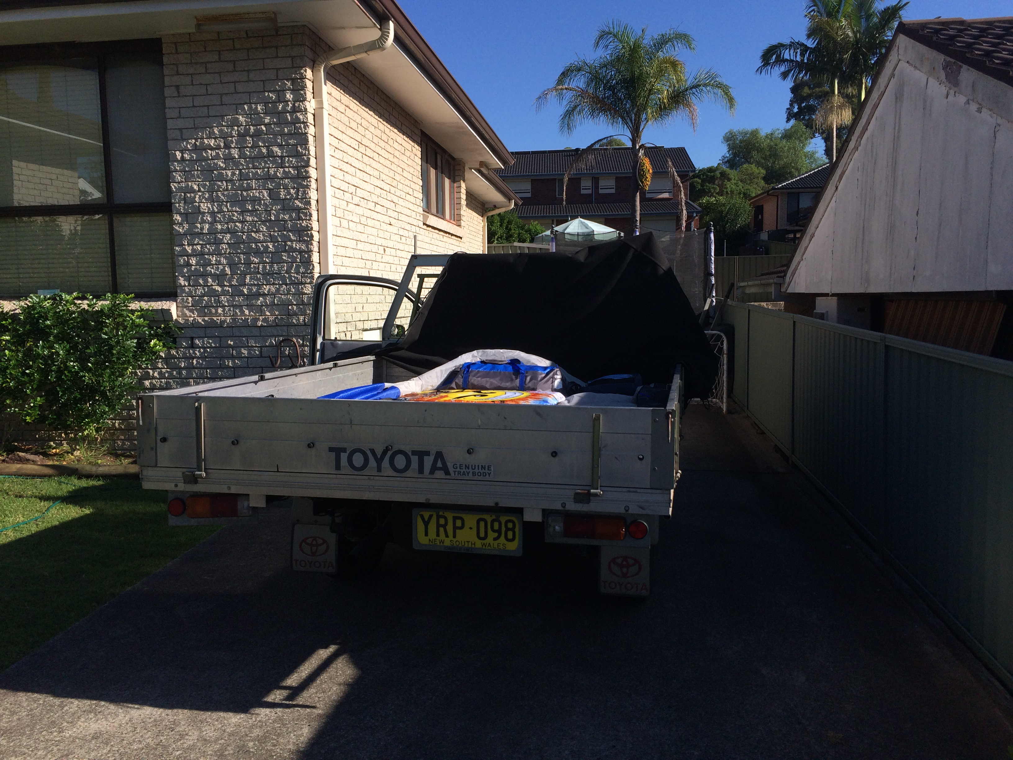 packing the ute.JPG