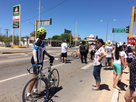bike race from hermosillo to kino-.JPG
