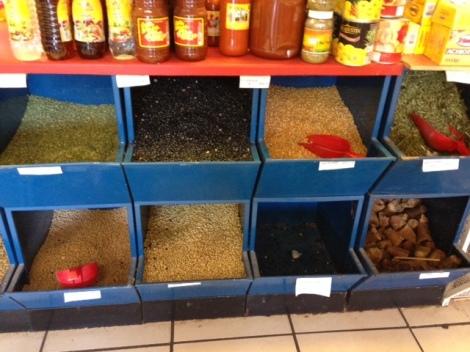 beans-and-lentils-bin