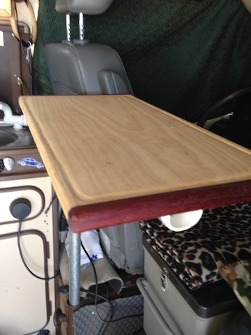 cuttingboardtable1.jpg