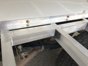 bolts-into-side-of-box