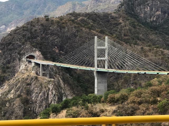 devils spine bridge.JPG