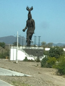 yaqui sculpture mex highway