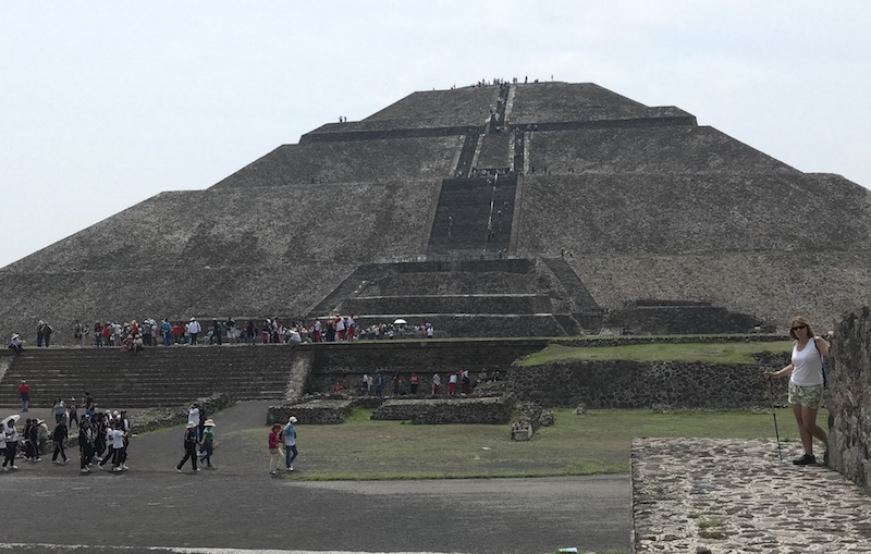 geneva at pyramid.JPG