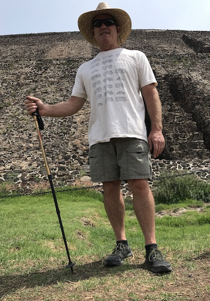 mike ready to hike pyramid.JPG