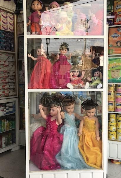 quince dolls.JPG