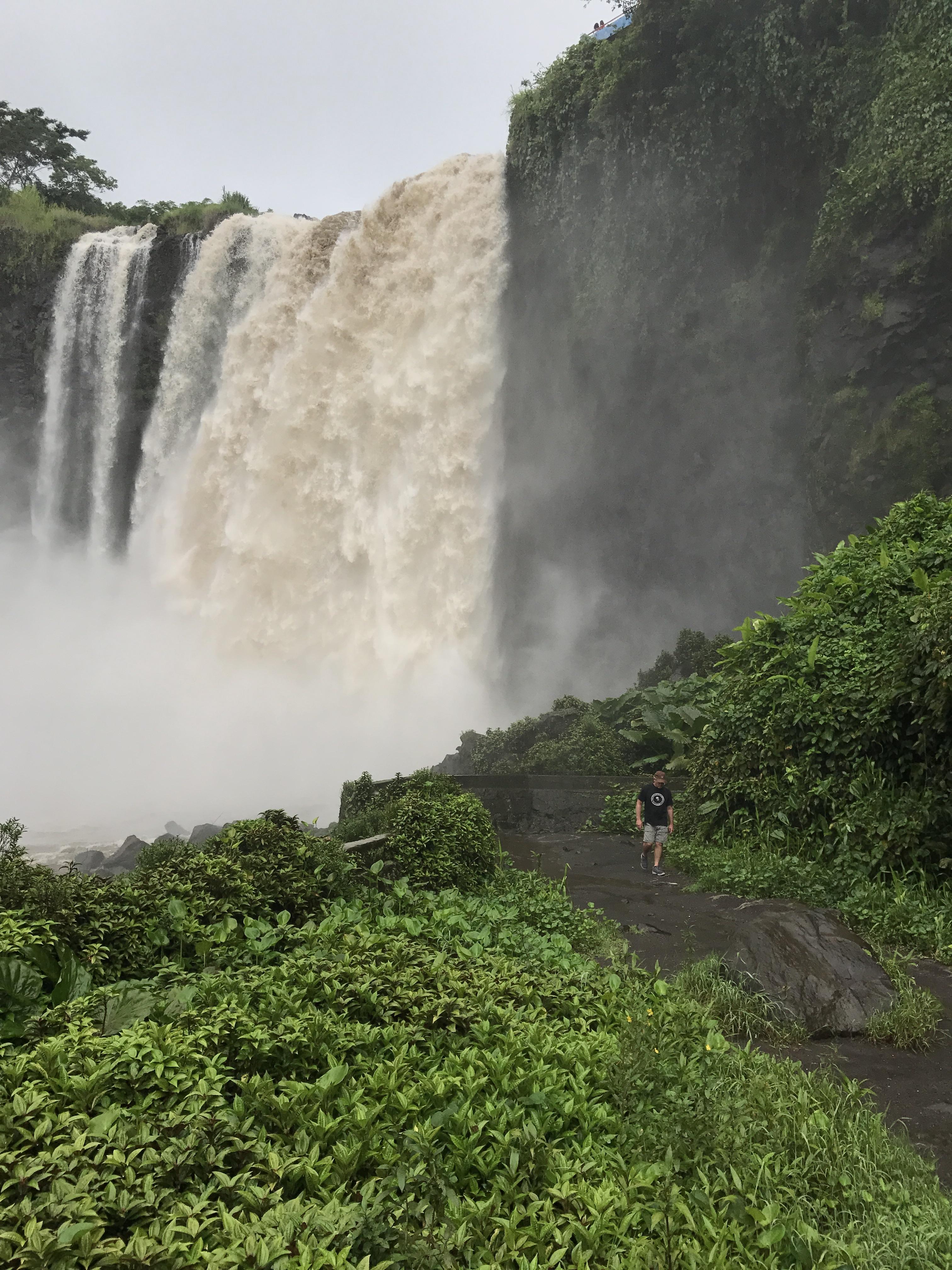catemaco waterfall1.jpg