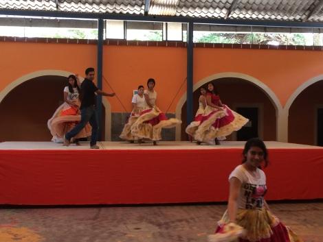 dance prep1..JPG