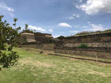 monte alban low