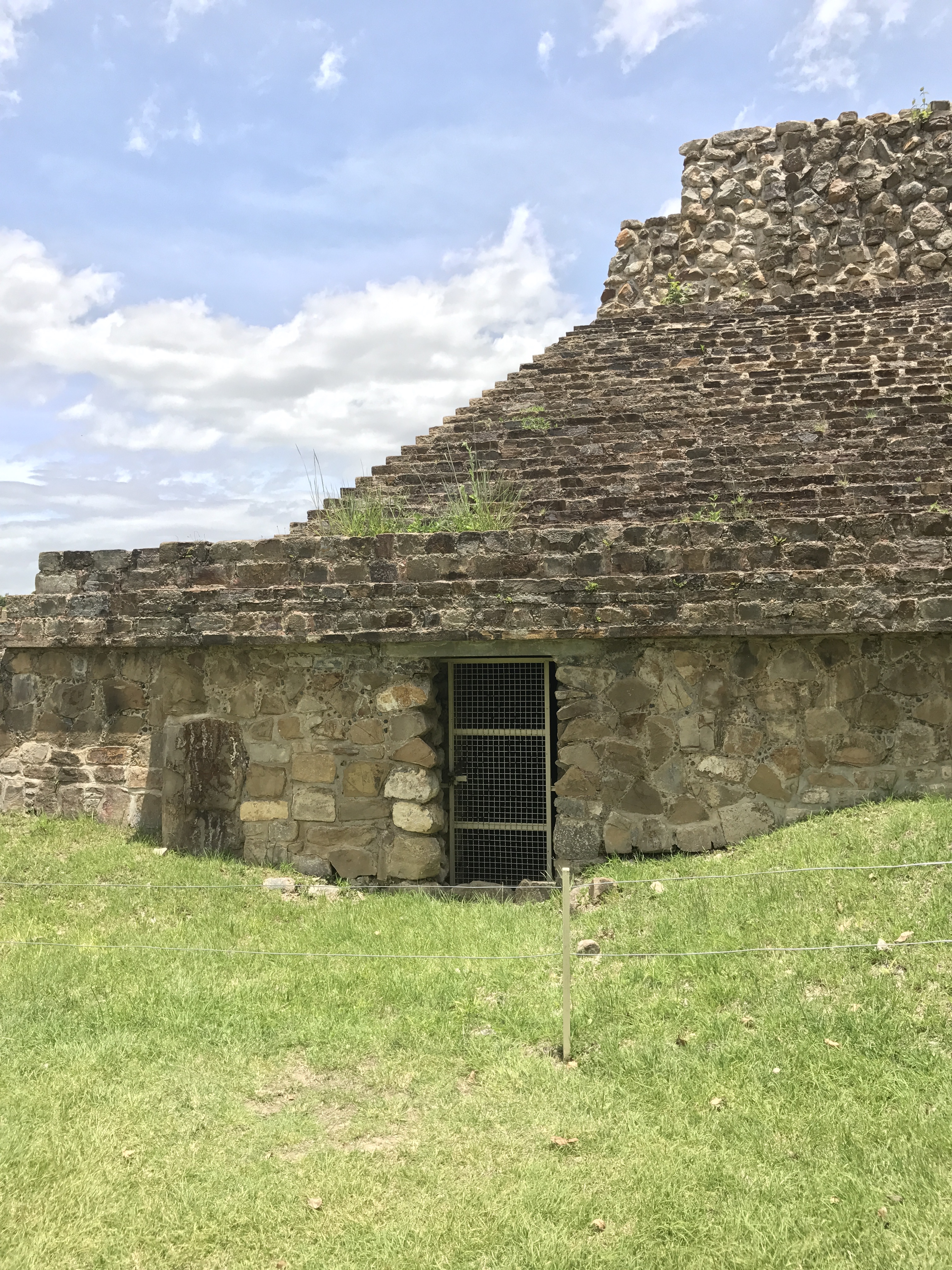 monte alban tunnel sealed