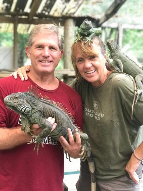 iguanas geneva and mike