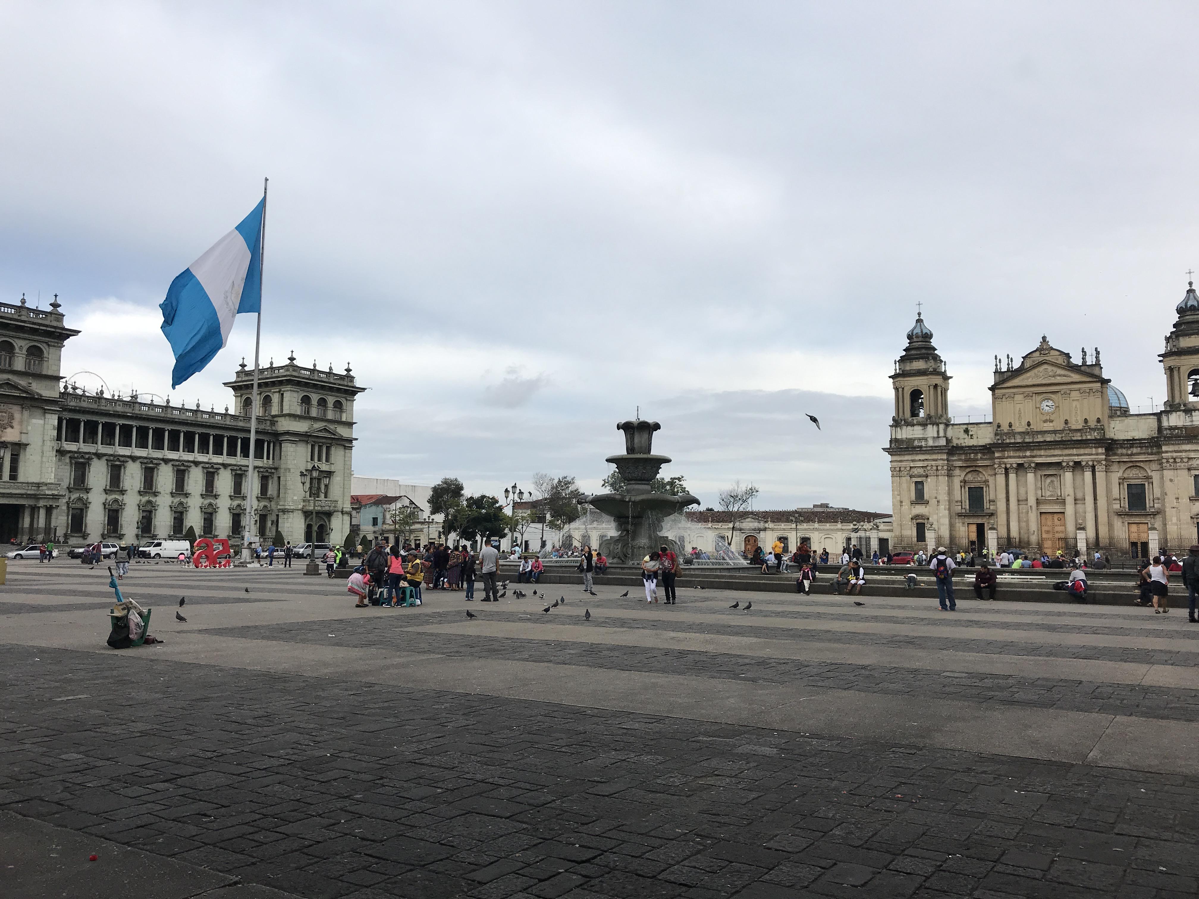 muni pal natl cath plaza