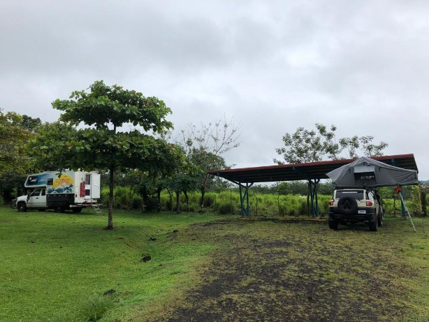 Arenal two rigs camping.jpg