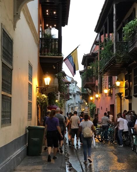 cartegena street scene.jpg