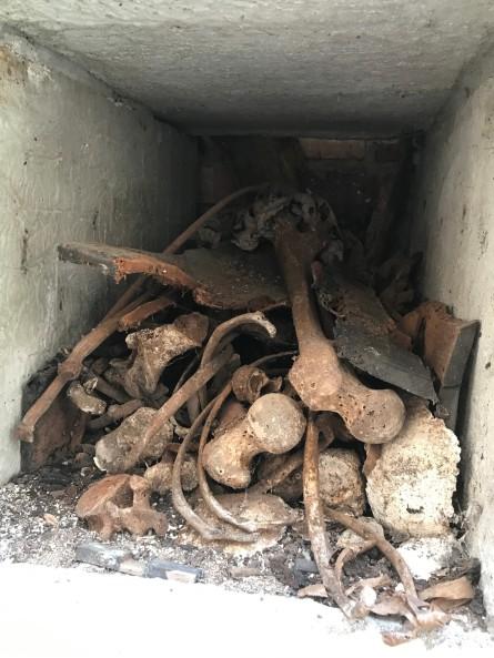 inside mausoleum1