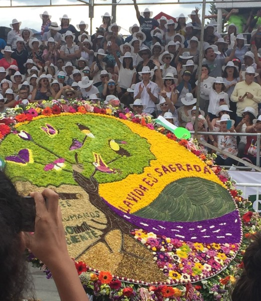 parade big flower display.jpg
