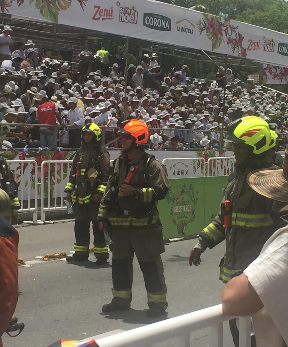 parade firemen